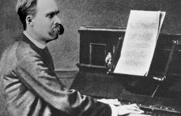 Nietzsche_Piano